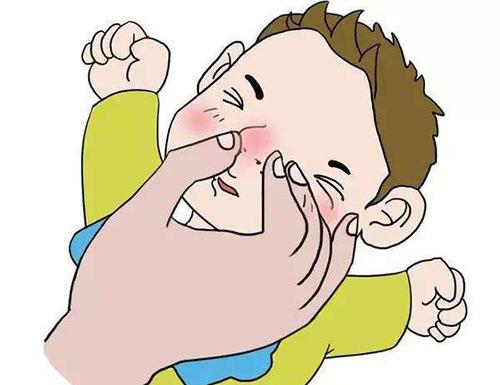 小宝宝出现鼻塞情况宝爸宝妈应该如何处理